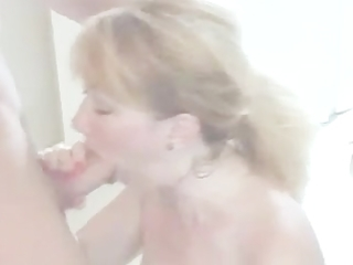 hawt aged mama talks bawdy and give worthwhile bj