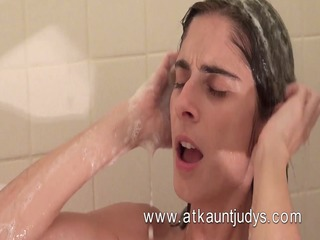 take a hawt shower with abbey from atkauntjudys!