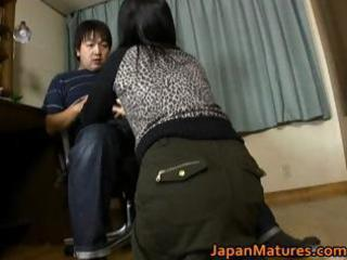 japanese milf enjoys masturbation part4