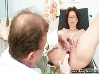 horny doctor does a close up peek part4