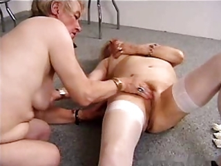 granny lesbos r18
