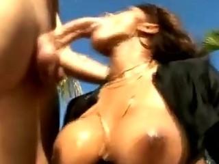 black milf engulfing dong shlong at the pool