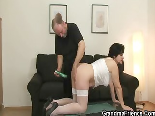 old whore takes two cocks after snatch toying