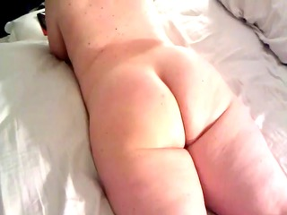 large gurl cellulite booty