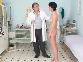 skinny mother i weird cookie fingering by gyno