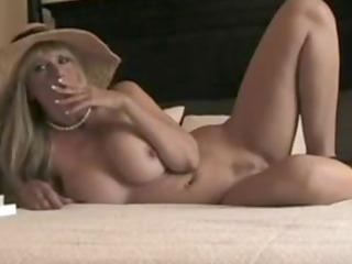 sexy stepmom smokin and fucking