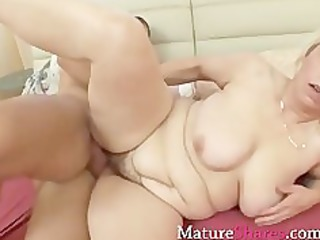 tight mature pussy receives a drill from behind