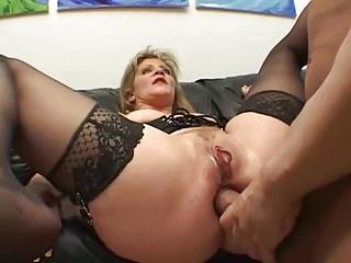 dude! ur mammas doing dp porn scenes nowadayz?!?