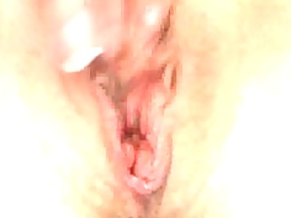 sexy amature wife masterbates for