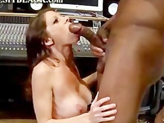 hot cougar screaming for darksome pole