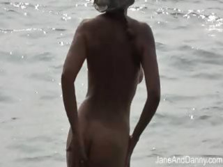 voyeur bonks sexy milf on the beach