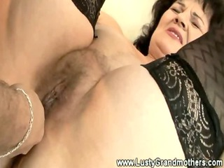granny amateur acquires finger fucked by