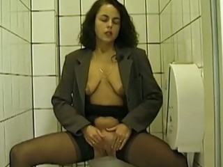 public biffy oral pleasure and peeing with